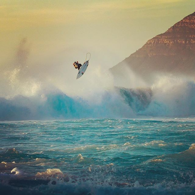 High control @brendongibbens.#surferphotos #atlantic #ocean #waves