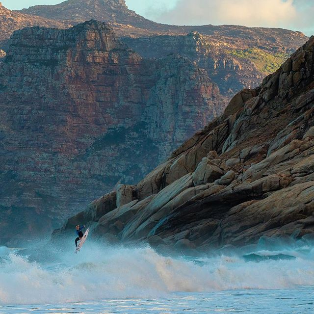 Crossing country @dylanlightfoot.#surferphotos #atlantic #ocean #waves#cityofcapetown