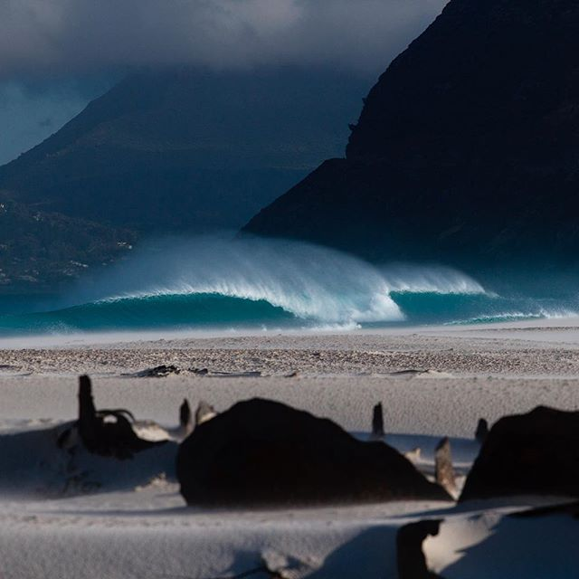Waves and #shipwrecks in the #cityofcapetown.#surferphotos#atlantic #ocean #waves