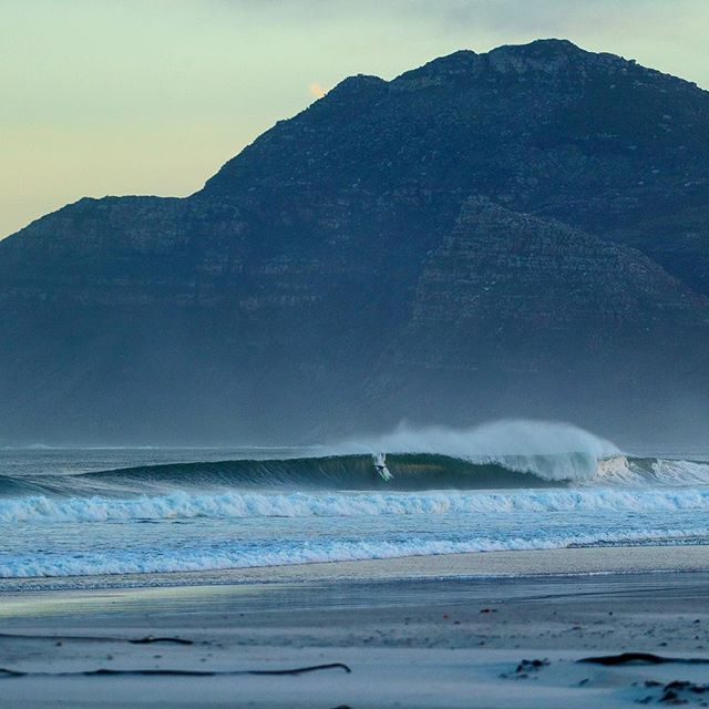 Elevated.#surferphotos #atlantic #waves #ocean #africa