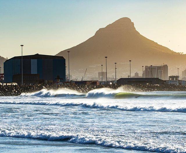 City Bowl.#surferphotos#ocean#wave#peak#africa