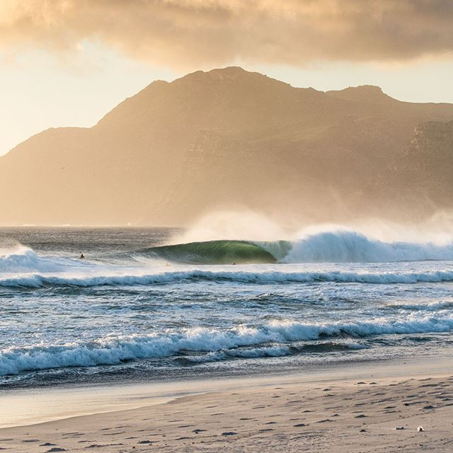 Buffet #surferphotos#wave#ocean#home#africa