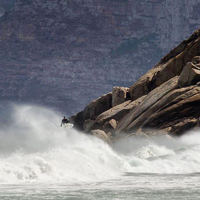 @brendongibbens.#surferphotos#ocean#wave#africa