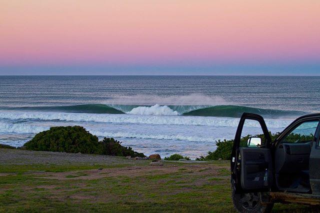 Morning grind.. #surferphotos#ocean #wave#africa